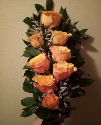Buket za krst sa narandžastim ružama