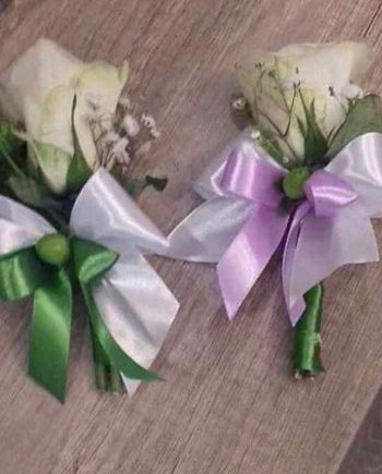 Cvetić za rever bež ruža i gipsofila