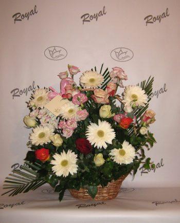 Korpa sa ružom, gerberom i lizijantusom 415