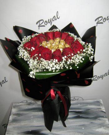 Buket sa ružom i ferrero rocher 458