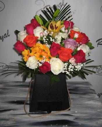Box of flowers cvetni mix 476